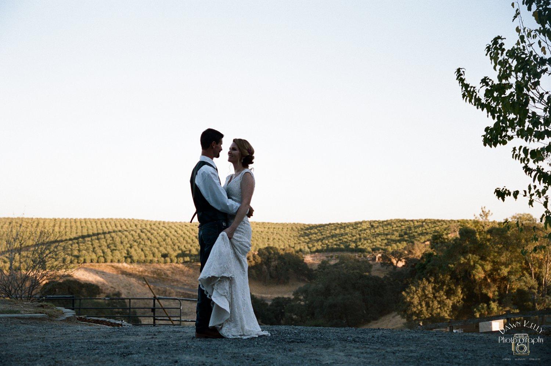 Oakdale Wedding Photos ~ Lauren & Steve