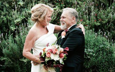 Riverbank Microwedding: Lynne + Dan